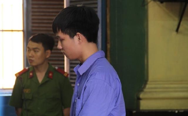 【ベトナム】修学旅行で同級生を強姦・殺害の男に禁固18年、未成年者の量刑上限[04/11] [無断転載禁止]©2ch.netYouTube動画>1本 ->画像>6枚