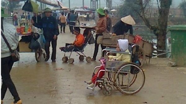 物乞い稼業、書き入れ時は1日500万ドン荒稼ぎ [社会] - VIETJOベトナム ...