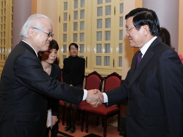 サン国家主席、武見敬三参議院議員と会見 [政治] - VIETJOベトナムニュース