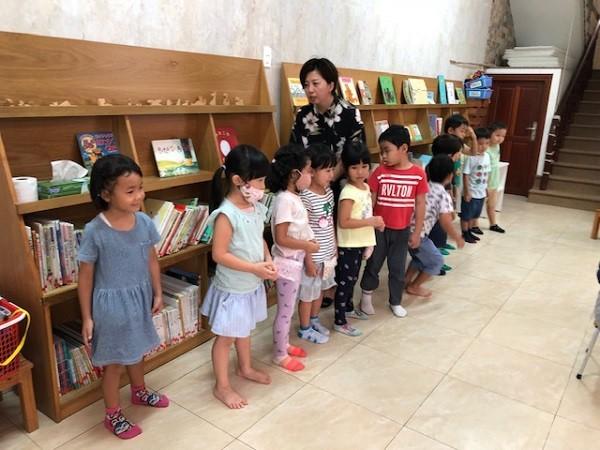 幼稚園 休園 コロナ
